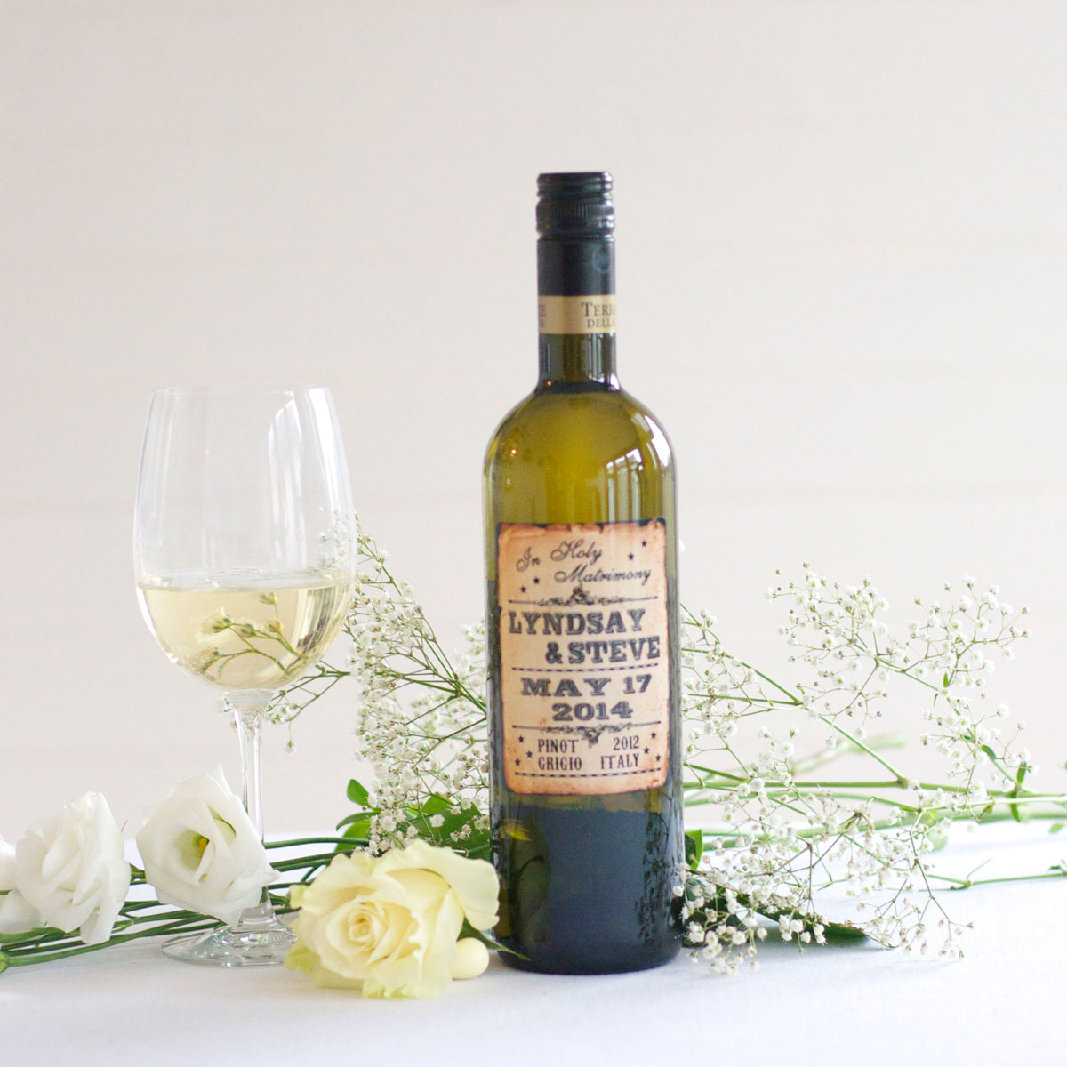 Personalised white wine for western wedding